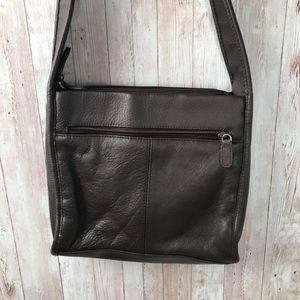 Vintage Bags - Vintage chocolate pebble leather shoulder bag